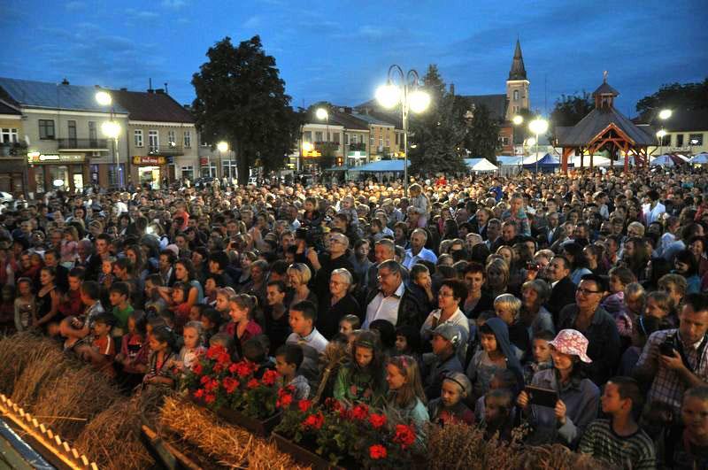 http://mdklubaczow.pl/photos/2137755494656.jpg
